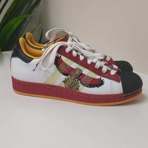 túnel Dando Clip mariposa  adidas Shoes | Adidas Atlanta Hawks Shelltoe Superstar Nba Series | Poshmark